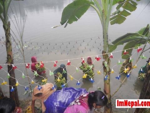 Third Day of Chhath Puja : Evening Offering (Sandhya Arghya)
