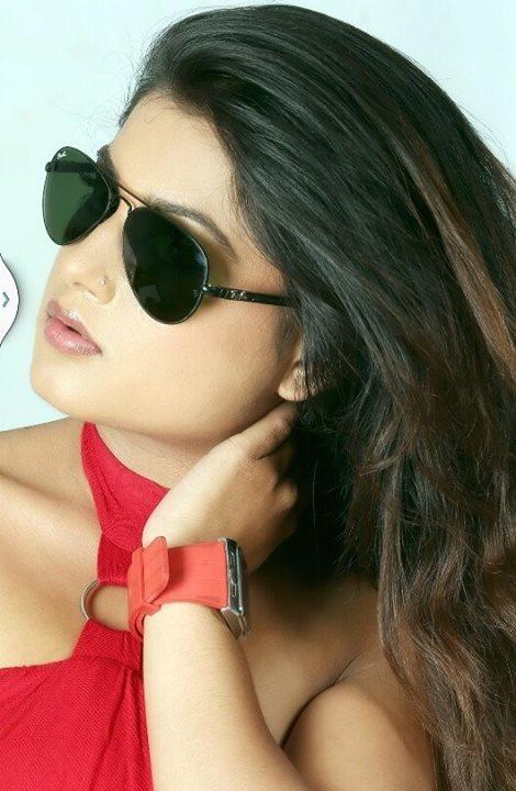न्यूड दृश्य दिन तयार छु : Nepali Actress Shilpa Pokhrel