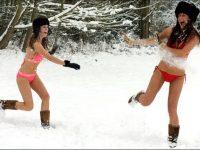 girls Snow playing
