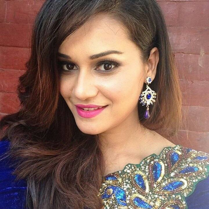 16 Famous Nepalese Actresses Who are Searched Most on the