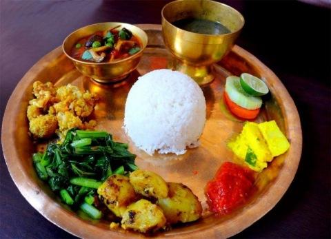 Dal Bhat tarkari masu