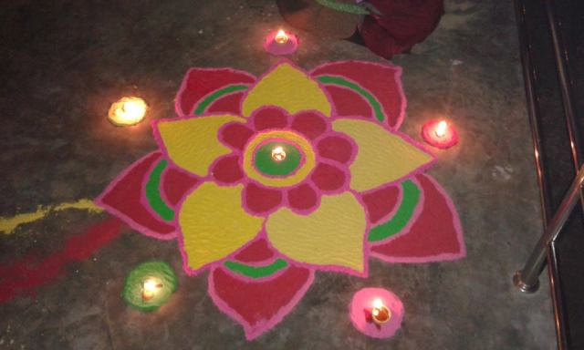 Diwali Deepavali Deepawali Tihar Decoration home Rangoli Design Image Pictures Photos