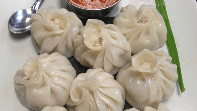 How to Cook Chicken Momos