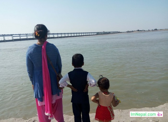 traveller family mother son daughter koshi river seeing beautiful scene How to celebrate New Year with Family
