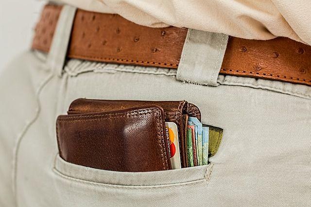wallet pocket money card