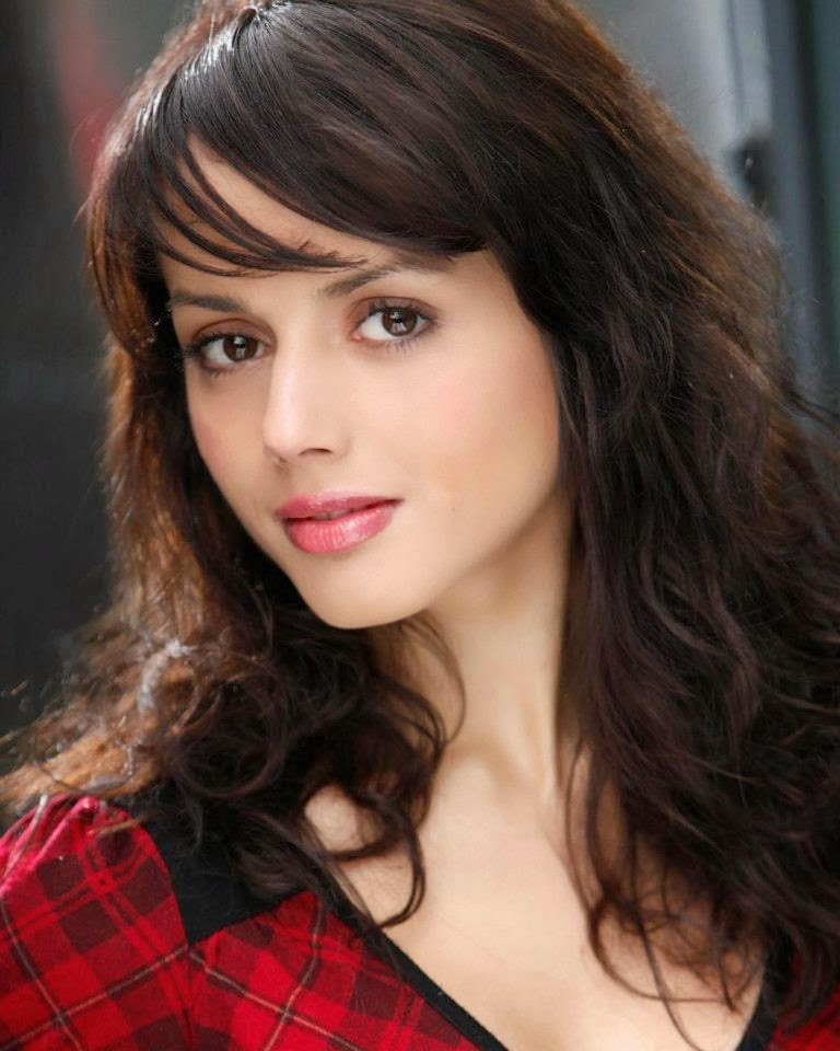 Beautiful Nepal Girl Image