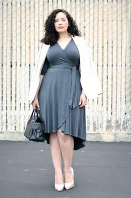 wraparound dress matured woman