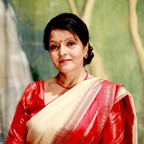 mithila-sharma-saree-red