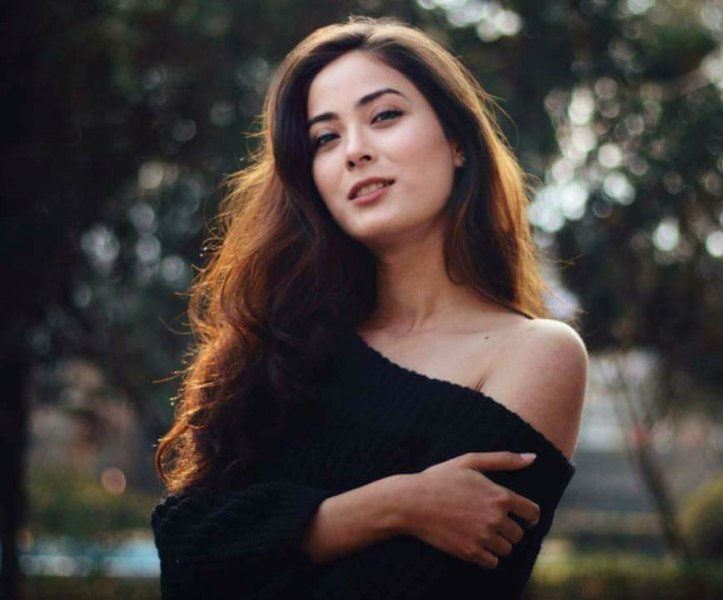 16 Famous Nepalese Actresses Who are Searched Most on the Internet