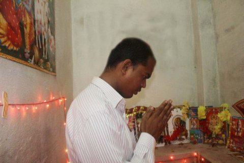 Jitendra Sahayogee Worshiping Puja Gods Goddess