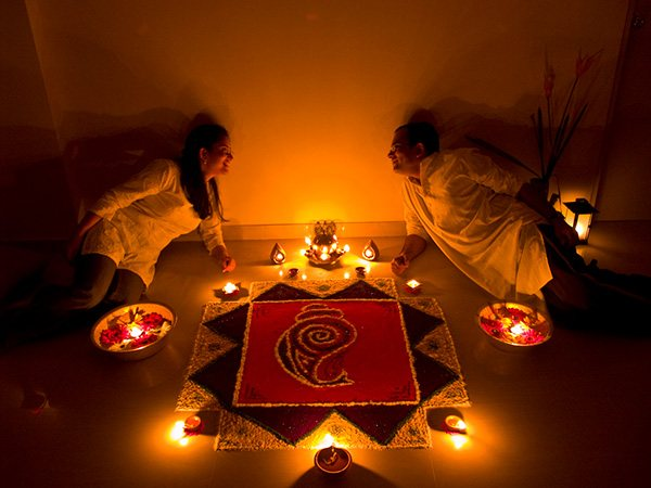 15 Mind-Blowing Tihar Special Activities Ideas For Husband & Wife