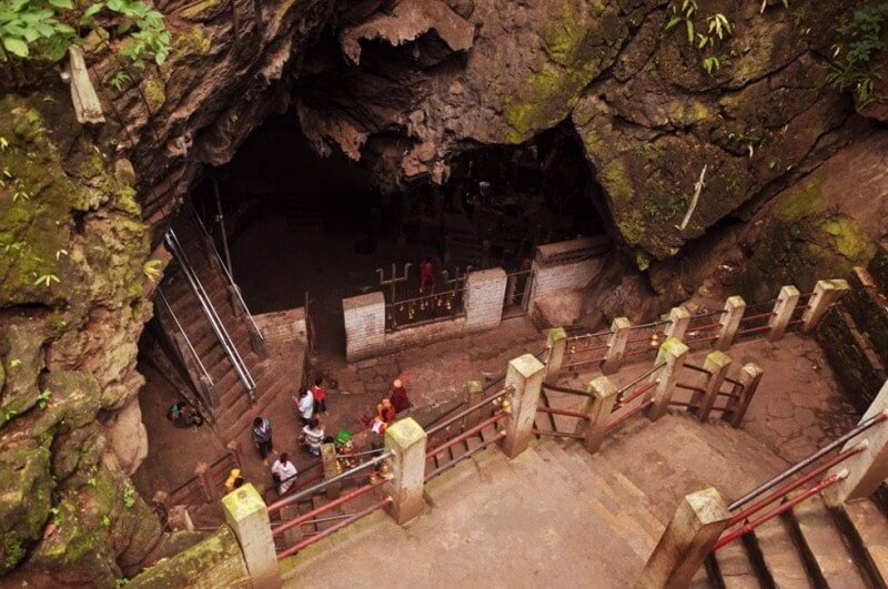Halesi Mahadev Temple – The Most Famous Hindu Religious Site in Nepal
